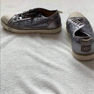 UGG silver converse with fur inside